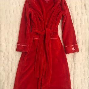 Victoria's Secret luxurious red bathrobe! Plush!